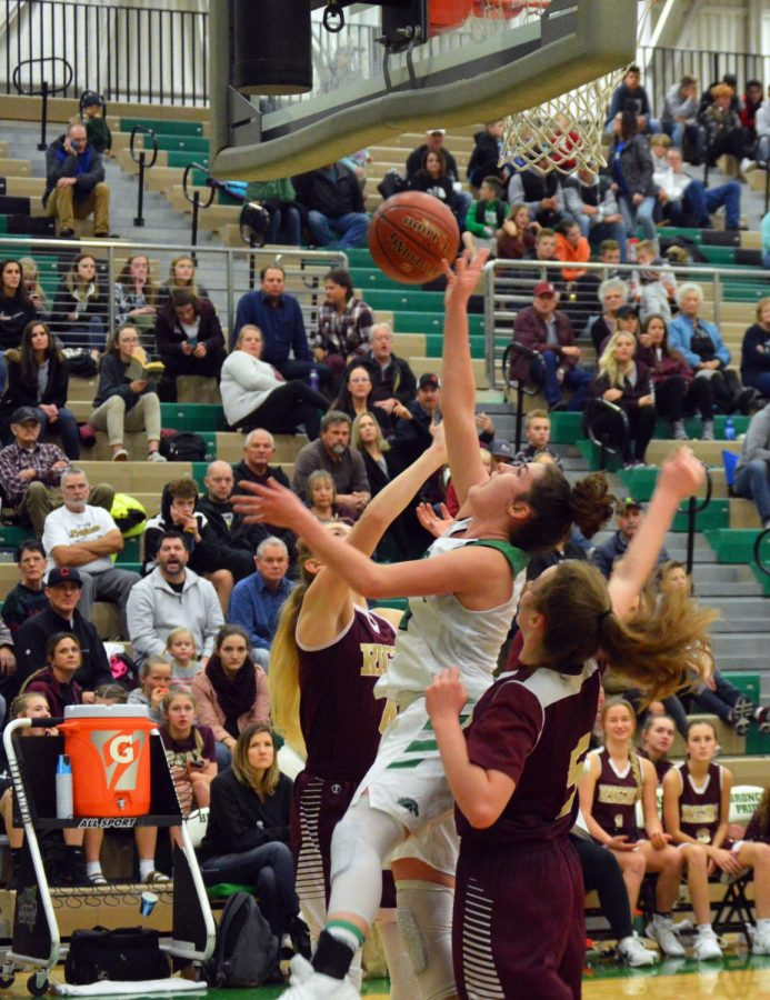 Allie+shooting+back+lay-up+103+editted