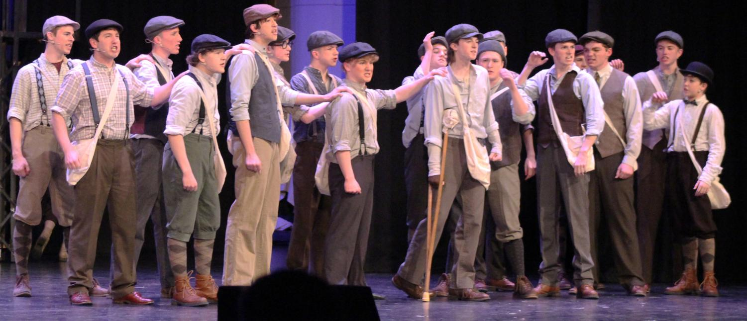 RALLYING+TOGETHER.+The+newsies+get+together+as+they+prepare+to+go+on+strike.