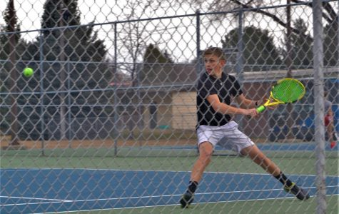 Bronco tennis fights the Bobcats