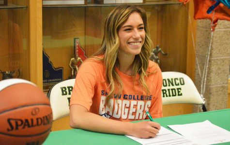 Olivia Arave signs to play basketball with Snow College