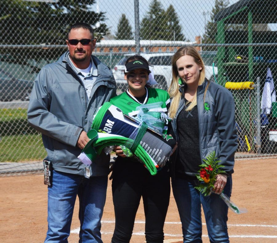 SENIOR+HIGHLIGHT.+Grace+Callister%2812%29+celebrates+her+involvement+in+softball